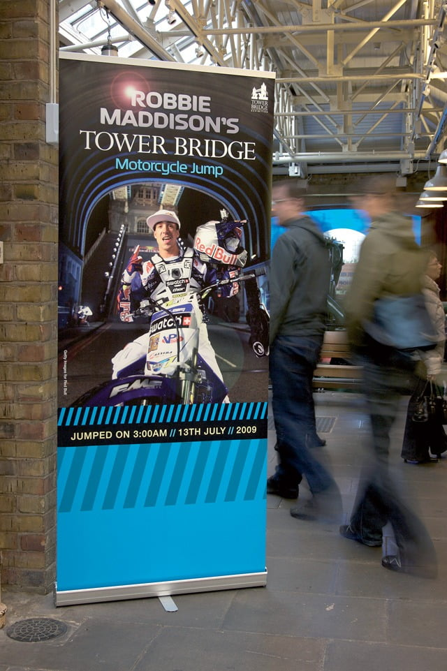 tower bridge robbie-maddison-rollerbanner