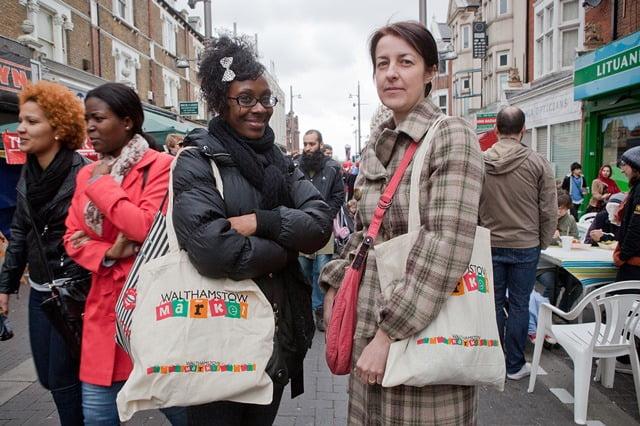 walthamstow-market-women